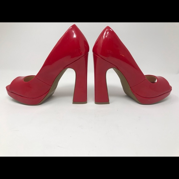 DIVA Lounge Shoes - EUC HOT HOT HOT Red Patten Leather Platforms